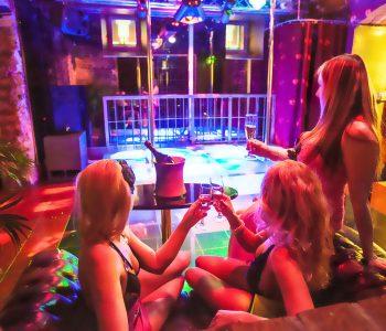 barcelona strip club